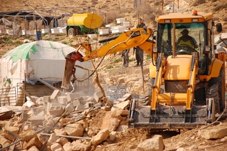 IOF demolish house in al-Maleh